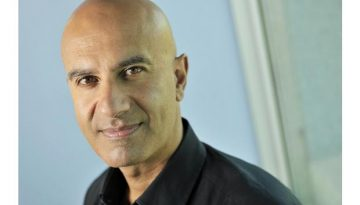 Five Ways To Wake Up Early to Run The Day by Robin Sharma